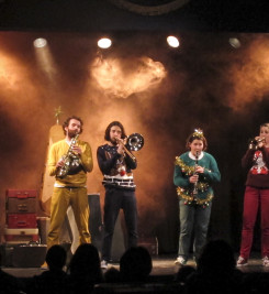 'The Melody Makers', a musical Christmas show that toured Winter 2015-16. Photography by Peter Wiles.